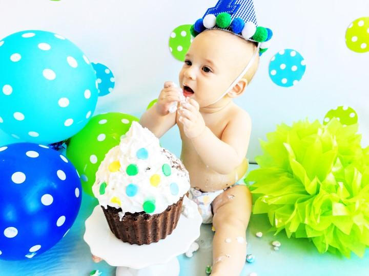 DIY Baby's 1st Birthday Smash Cake & PhotoShoot